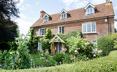 If you're looking for a wedding venue with accommodation the Tufton Warren Farmhouse at Clock Barn is a fantastic option