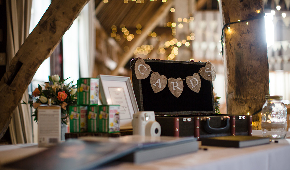 Guests were invited to leave their wedding cards in a vintage suitcase – wedding ideas